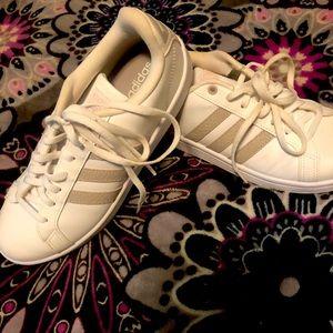 Adidas Sneakers